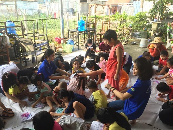 Lớp học tình thương Phong Lan